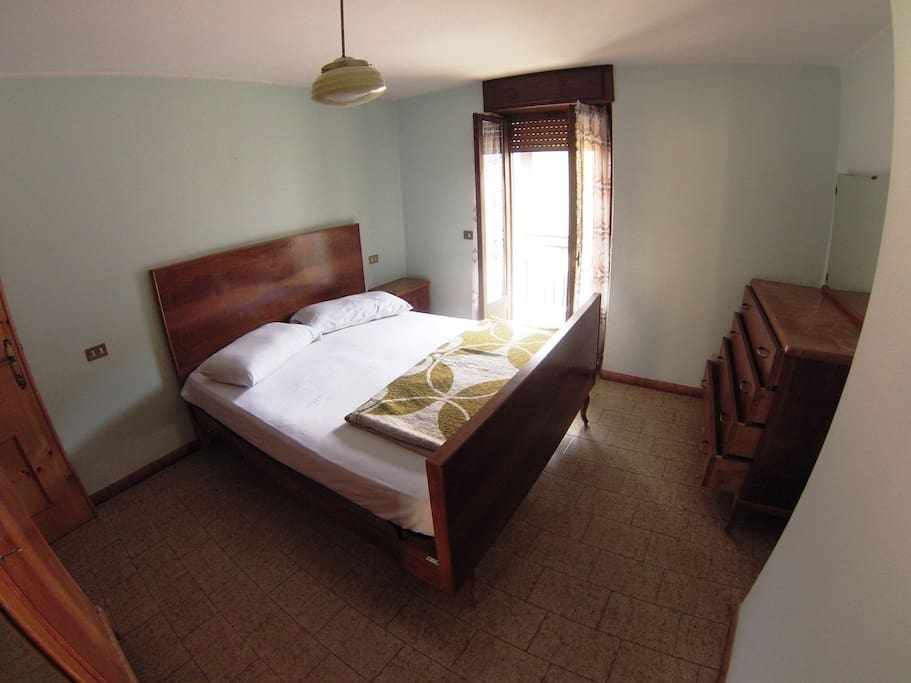 room 1: camera matrimoniale - double bed