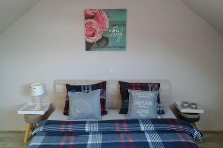 kamer op 10' v/d stranden, Nieuwpoort tot De Haan - Gistel - Appartement