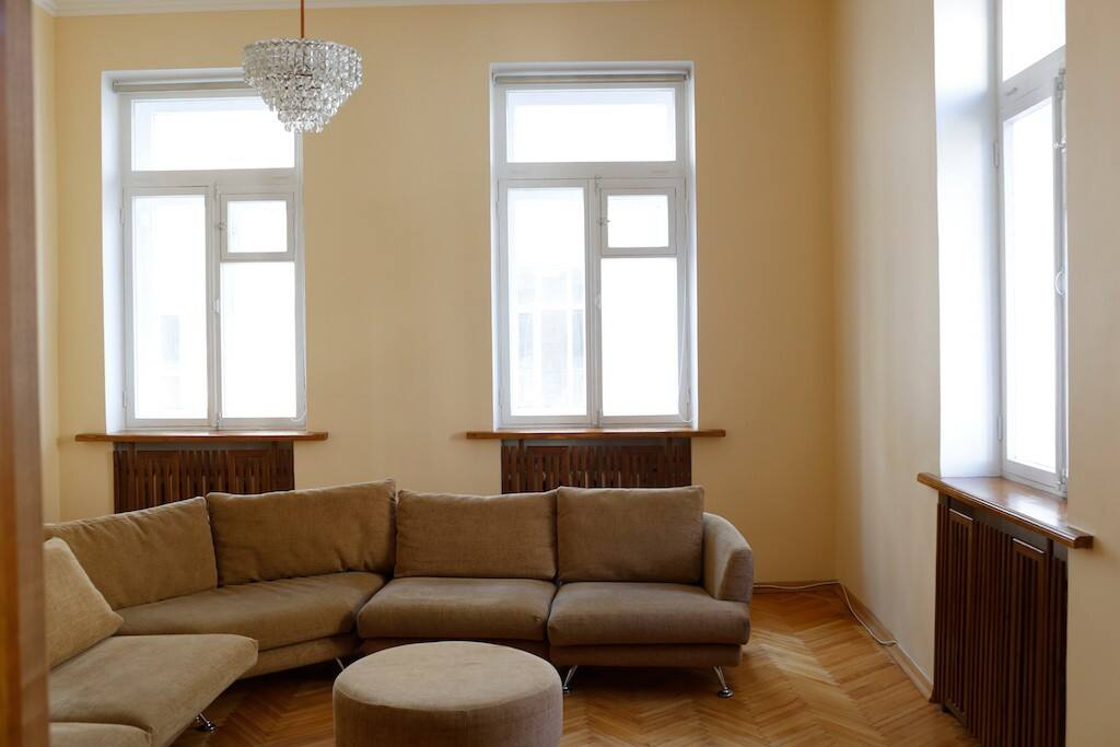 Large Living Room with windows to two sides, quiet yard