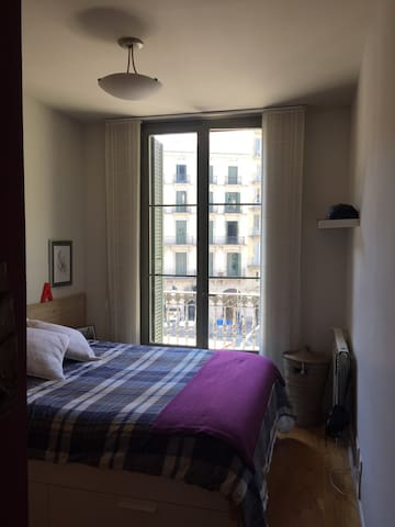 PRIVATE DOUBLE ROOM in Plaza Catalunya - Barcelone - Appartement