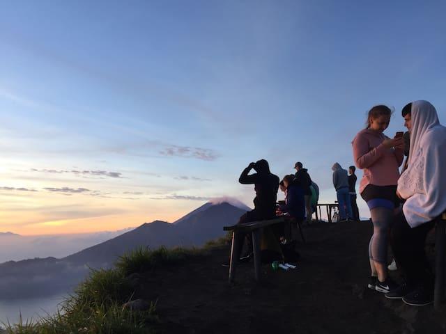 Mt.Batur Trekking+overnight @Kintamani