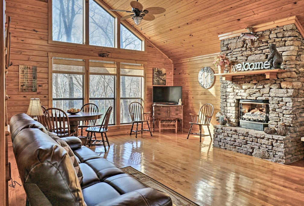 2br loft 39 trout valley cabin 39 on white river cabins for for White river cabin rentals arkansas