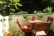 Wunderschöne große Wohnung mit Sonnen-Balkon