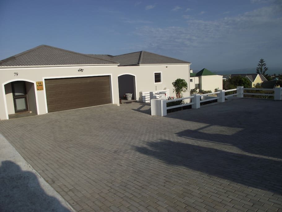 Private house with ample parking