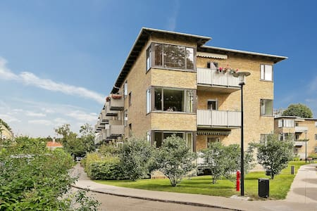 Top located apartment in Hellerup