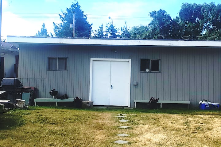 Spruce Street cabin