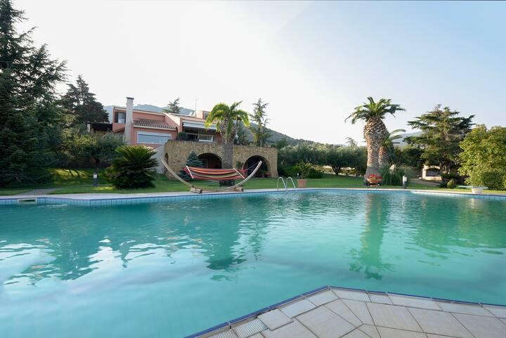 Iraklitsa Villa Garden Apartment
