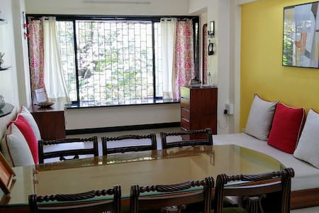 Private 1BHK apartment in the heart of Bandra