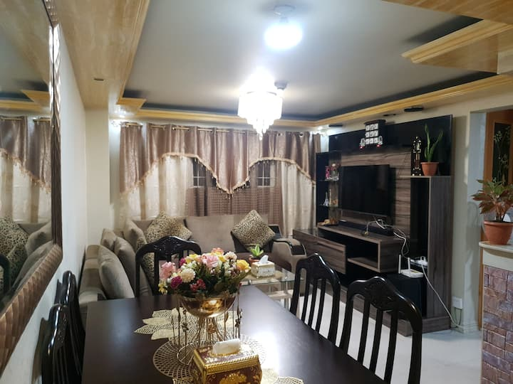 Luxury Modern Arabic Home Style-City Centre Loc