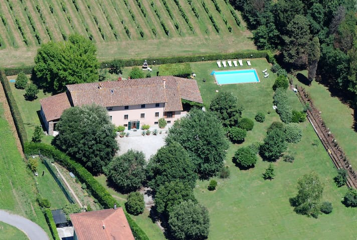 Dimora tipica lucchese - Lucca - House