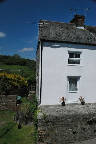 Cozy Cornish cottage with views - Tregony - House