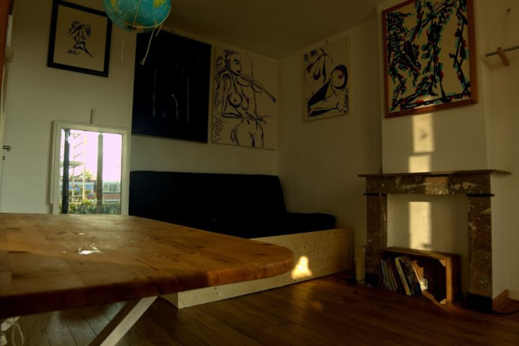 view on bank bed corner-