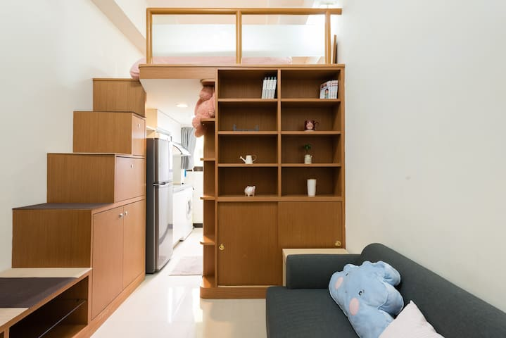 Monthly rent LOFT studio apartment 月租