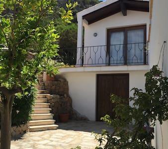 appartamento con giardino porto cervo - Pantogia - Casa