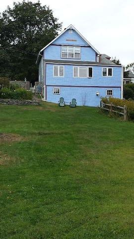 Cagasa Cottage: Oceanview, Handicap Friendly