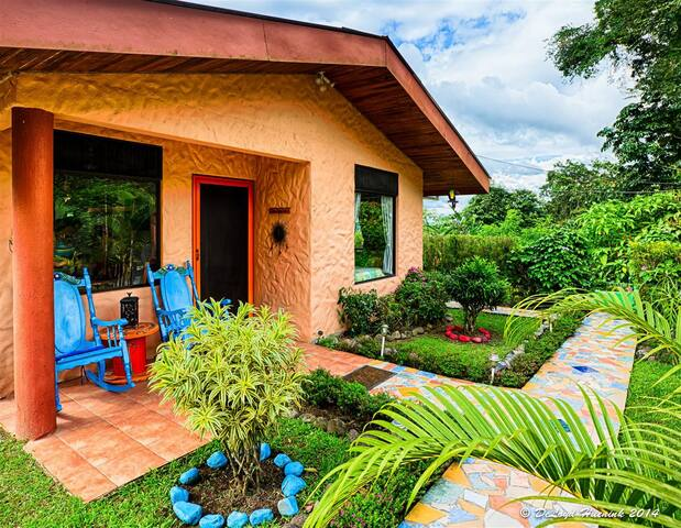 Dreamy Cottage, at Lake Arenal, Just for 2, VIEWS! -  El Castillo - Guesthouse