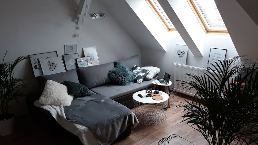 Beautiful brand new apartment perfect  for couples