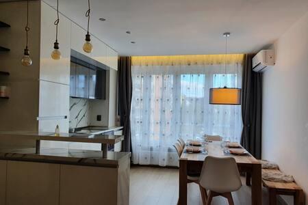 Луксозен апартамент на 10км. от к.к Боровец