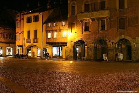 historic Como