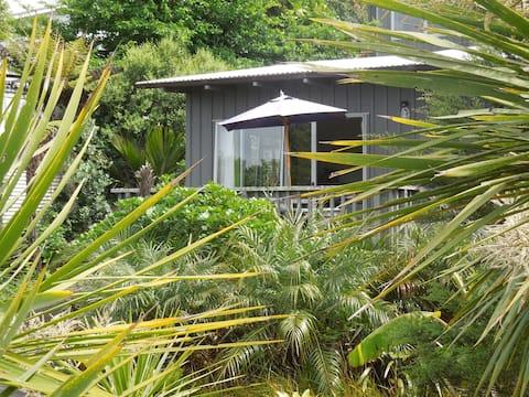 Island Breeze - apartment 1 (of 2)