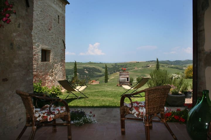 APARTMENT NEAR MONTALCINO - San Giovanni D'Asso - Ev