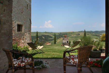 APARTMENT NEAR MONTALCINO - San Giovanni D'Asso