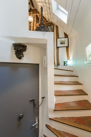 Stairs to the living room area