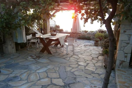 My little cottage by the beach - Afytos