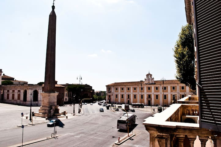 Luxury panoramic suite, 800m Colosseo, 350m subway - Roma - Loft