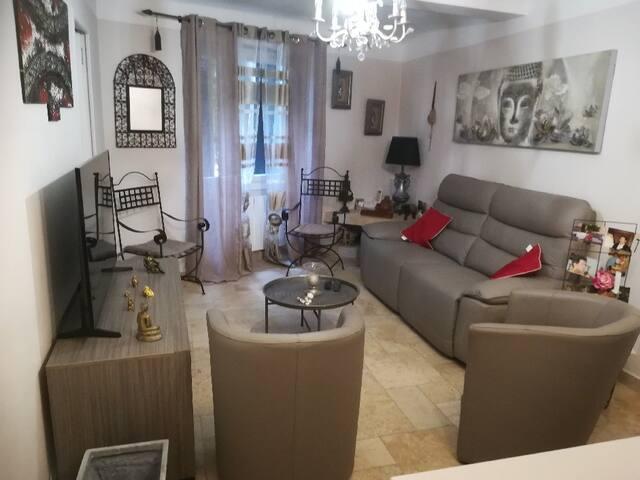 Bel Appartement dans un village provençal