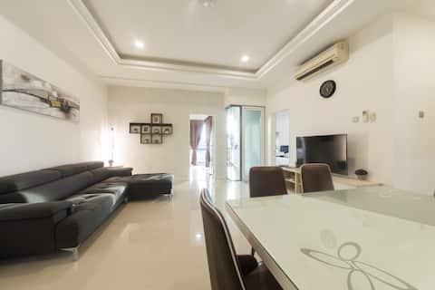 The Loft Imago Luxury 3 Bedroom Pool view