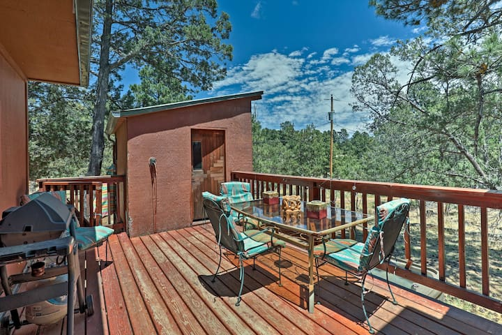 Cabin with Deck & Hot Tub - 2 Miles to Ski Apache!