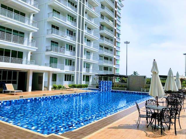 Y&C condo, 3BR w Pool, AC, near Penang(10min)|小田民宿