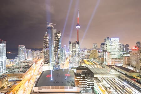 2+1 Bdrm Amazing View Downtown - Toronto - Appartement