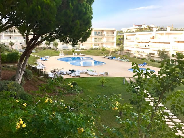 Albufeira with swimming pool - Albufeira - Apartment