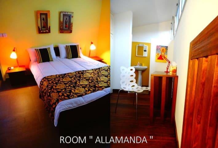 VILLA OASIS - ROOM ALLAMANDA - Abidjan - Bed & Breakfast