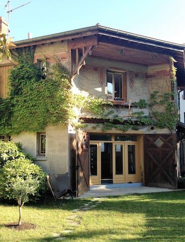 Maison atypique au coeur de Valence. Bienvenue! - Valenza - Casa