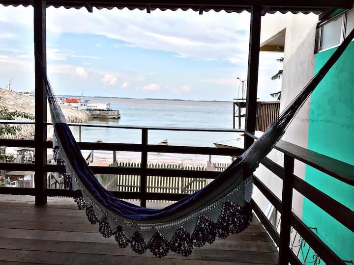 Quarto c/ vista para o Tapajós-Casa à beira-rio!