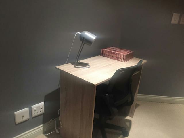 Study desk to cater for your business needs. Free uncapped wifi available.