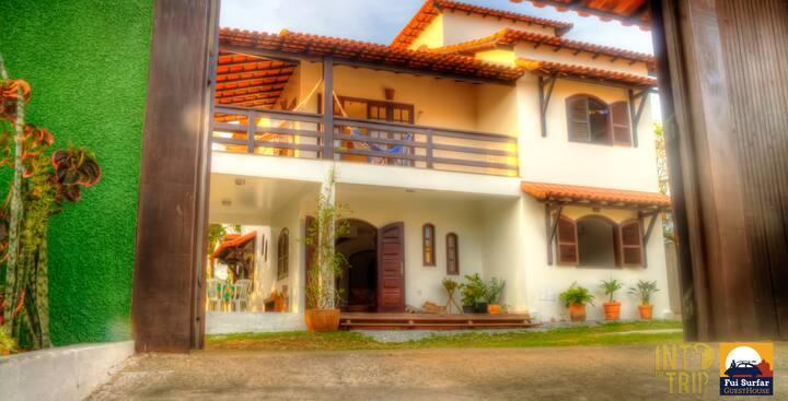 Suite com ar/tv FuiSurfar Guesthouse