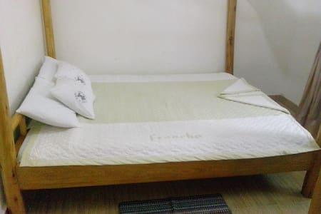 Chel and Vade Standard Room - Jinja - Szoba reggelivel
