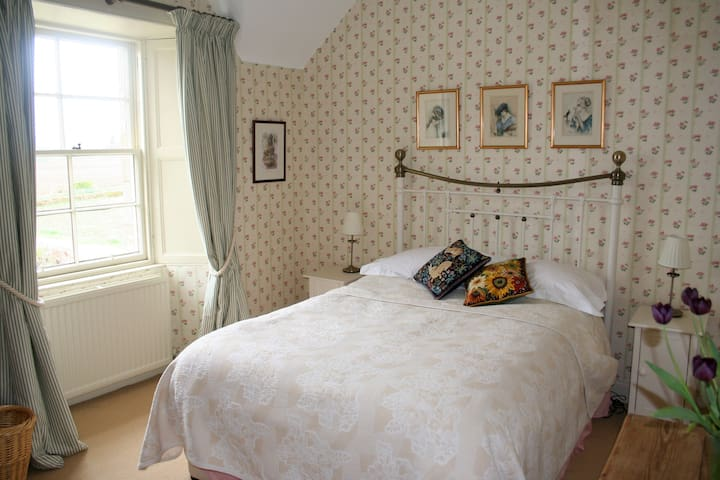 Farmhouse B & B Double Room - Crieff