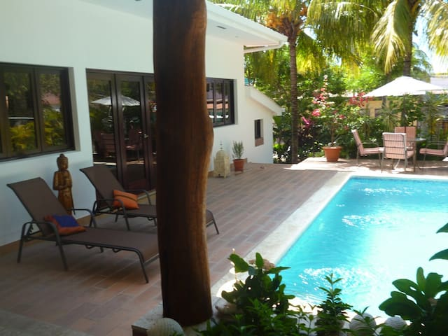 Casa Colibri luxury villa in town center w/ pool