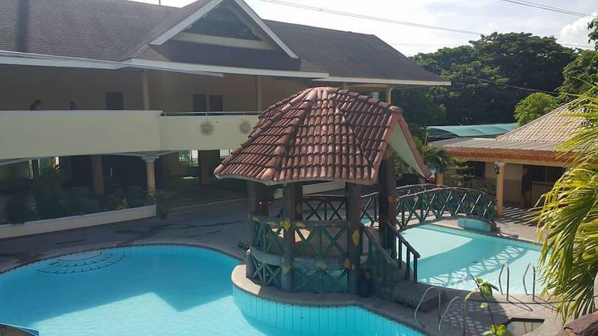 Gitna ng Nayon Resort and Pavilion