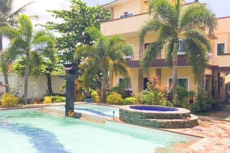 Private Resort House 30pax - Tanza