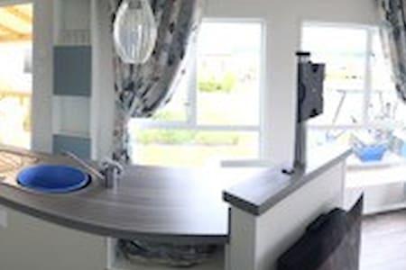 3 Chambres, Grand Mobilhome de luxe à Onzain - Onzain