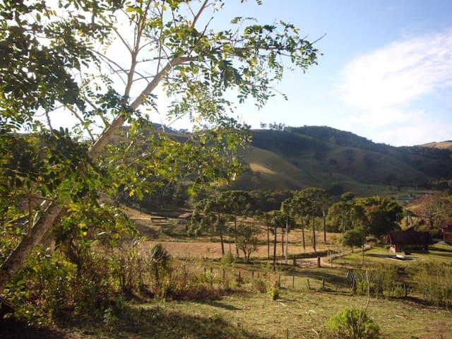 Sítio no pé da Serra de Monte Verde - Camanducaia - Casa