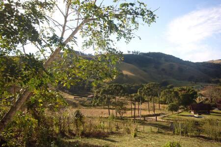 Sítio no pé da Serra de Monte Verde - Ev