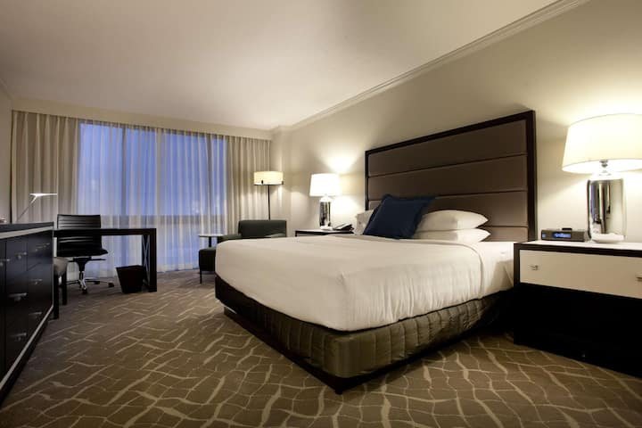 Huge Double Two Double Beds At Riverchase