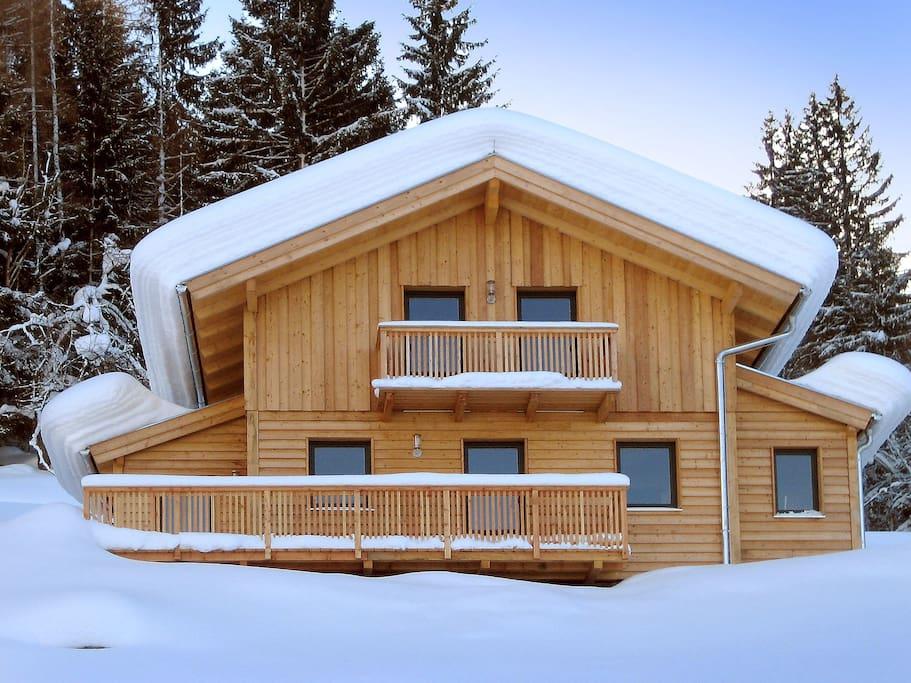 Chalet alpenrose f r 8 personen case in affitto a for Piani casa bungalow 4 camere da letto